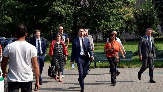 Milano, la giunta Sala debutta in periferia: reddito di maternità e cantieri M4 i primi passi