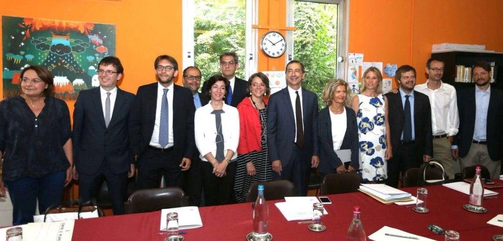 Milano, debutta la giunta Sala: i 12 assessori riuniti al Giambellino