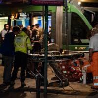 Milano, agguato sul tram 15. Latinos accoltellano un 18enne: è in fin di vita