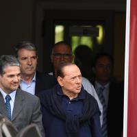 Milano, Berlusconi lascia il San Raffaele: