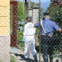 Varese, strozza la moglie dopo averla colpita con un martello. Poi confessa il delitto