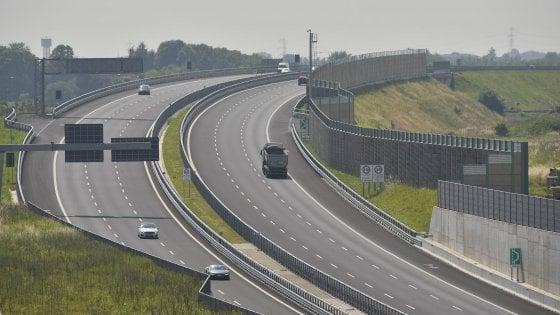 """L'autostrada deserta, Legambiente: """"Brebemi in rosso e vuota. Va espropriata"""""""