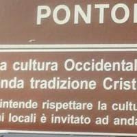 Pontoglio, il Comune condannato per i cartelli anti-islam: