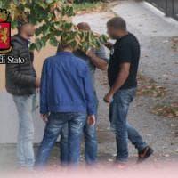 Migranti, traffico di uomini dall'Italia verso il Nord Europa: arrestati 13
