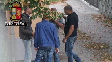 """Migranti, traffico di uomini dall'Italia verso il Nord Europa arrestati 13 """"scafisti di terra"""""""