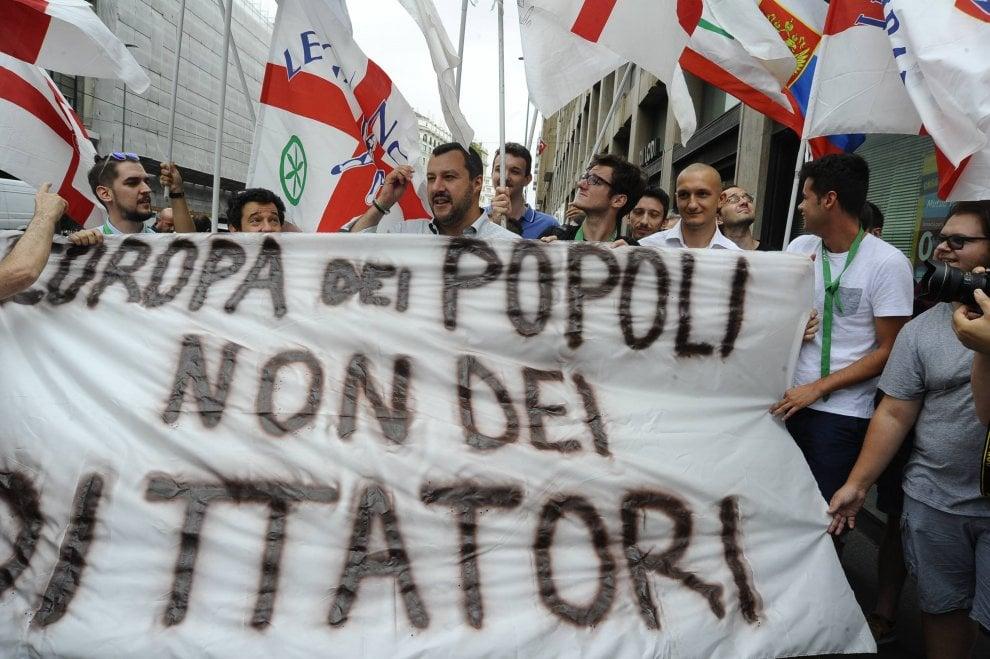 Milano, la Lega anti Erdogan: presidio al consolato turco