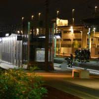 Monza, scende dal treno e attraversa i binari: travolto e ucciso in stazione
