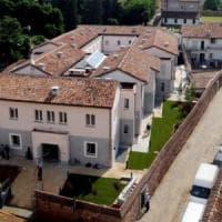 Nonnismo nel Collegio Borromeo di Pavia, il rettore lascia dopo l'inchiesta su goliardia