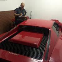 Varese, l'imprenditore reddito zero e finto svizzero dice addio alle Ferrari