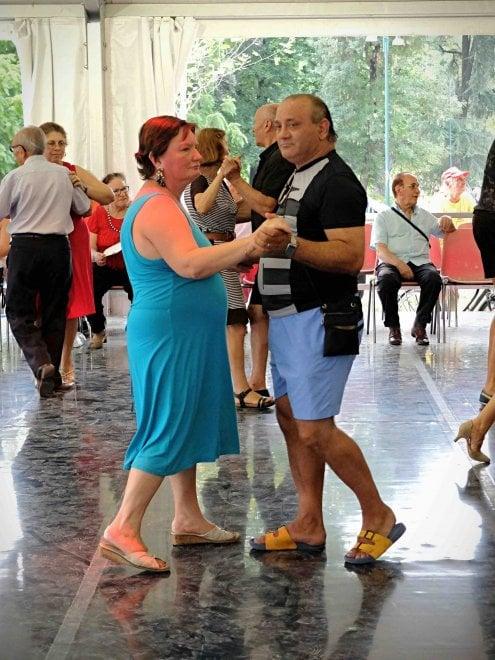 Ballo musica live e scacchi giganti l 39 estate degli for Piazza del cannone