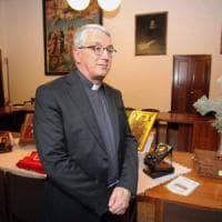 A Milano il barcone degli innocenti, monsignor Bressan: