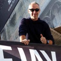 Milano, un deejay (runner) con Sala: Linus entra in Comune