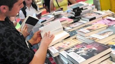 Una newco per il Salone del Libro, 100mila visitatori in città e 5 giorni di eventi   video