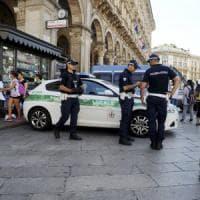 Milano, pacco sospetto fatto brillare in piazza Duomo: era toner gettato