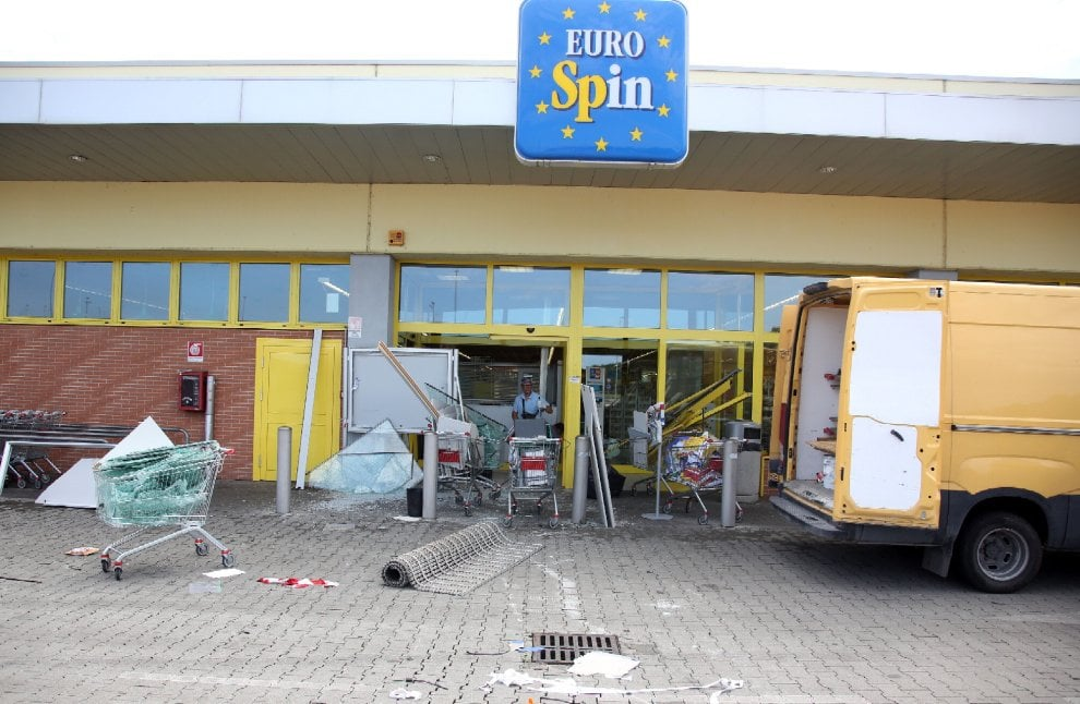 Mantova, schianto mortale dopo 'la spaccata': il luogo del furto