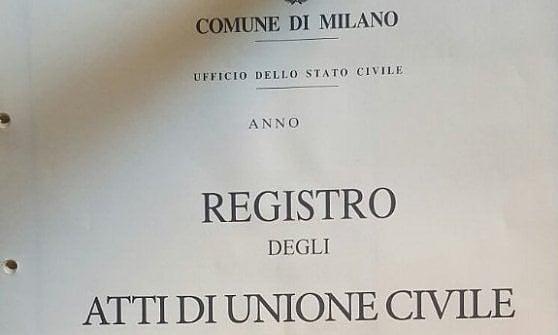 """A Milano le prime due unioni civili, celebra il sindaco Sala: """"Finalmente si parte"""""""