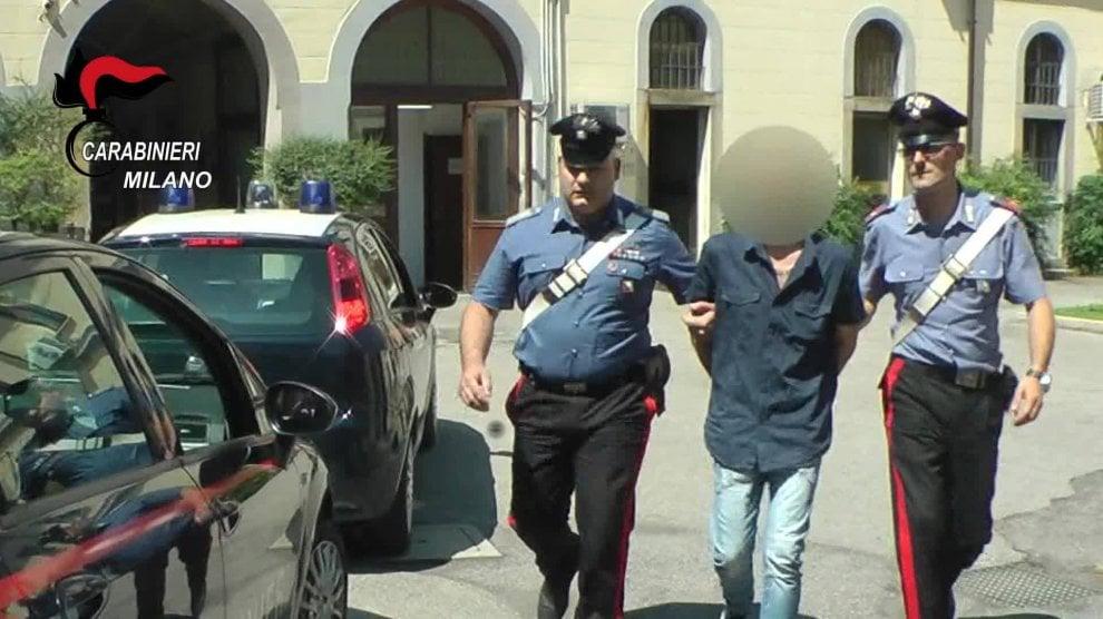 Monza, prostituzione in un centro massaggi: cinque arresti