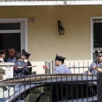 Omicidio nel Varesotto, il 41enne strangolato e soffocato: ha lottato per difendersi