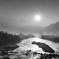 Valtellina, il bianco e nero rende magico lo spettacolo della natura