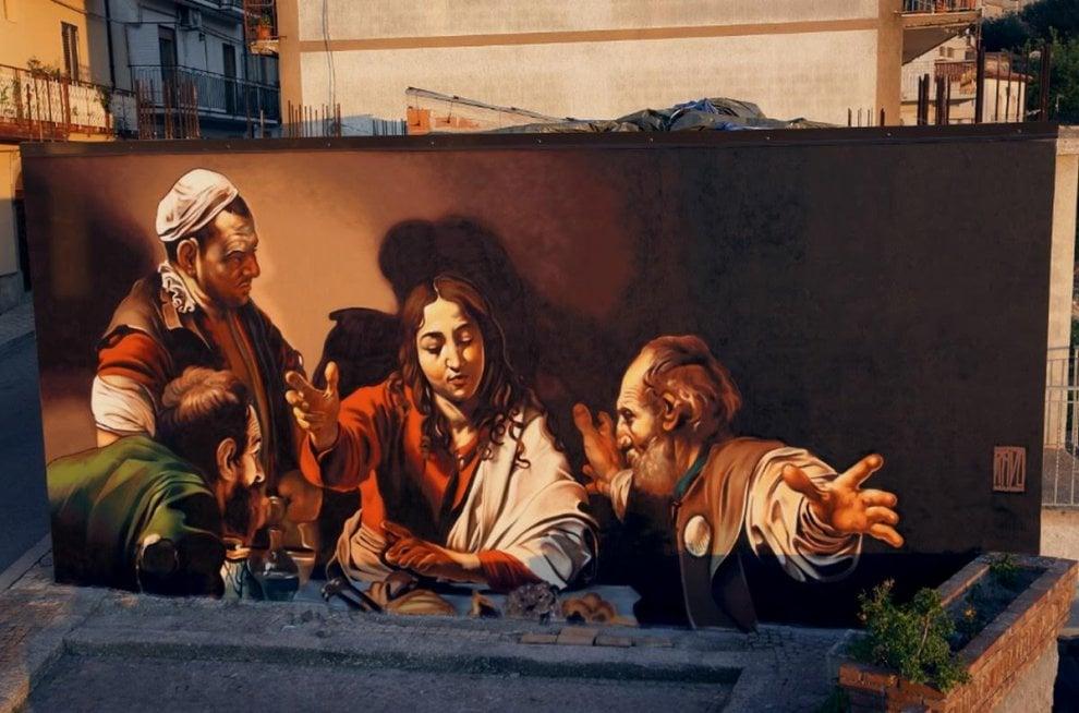 Caravaggio con la bomboletta spray, le opere dello street artist varesino sui muri siciliani