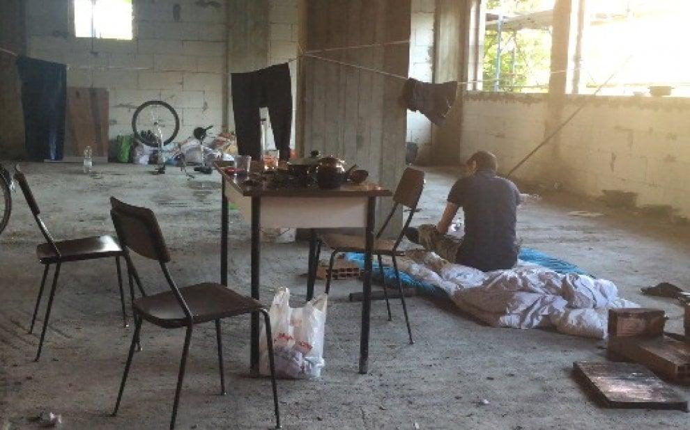 Milano, stupro in via Adriano: il palazzo abbandonato della violenza