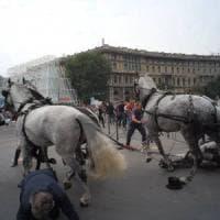 Milano, carrozza d'epoca travolse gli spettatori al Castello: in due a processo