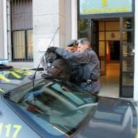 I pezzi di ricambio degli aerei militari rivenduti all'estero, indagati 3 militari a Varese