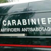 Milano, falso allarme in via della Spiga per una mini cassaforte vicino