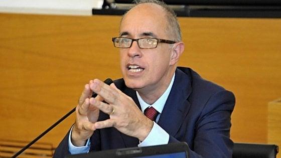 Terremoto, Renzi chiama il rettore del Politecnico di Milano: chi è Azzone, manager della ricostruzione