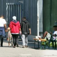 Varese, aiuta 6 migranti a raggiungere la Svizzera: profugo arrestato