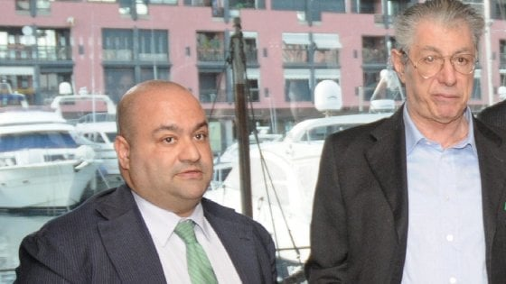 Milano, processo alla famiglia Bossi: Belsito piantato in asso dalla difesa diserta ancora l'aula