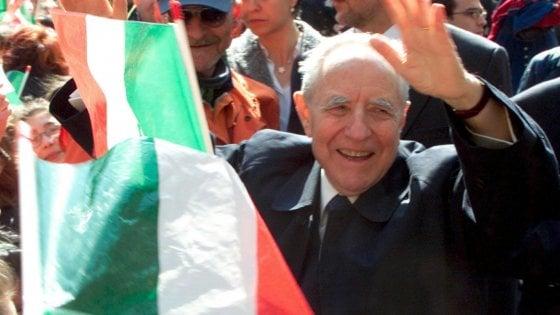 La morte di Ciampi, anche a Milano si firma il registro delle condoglianze