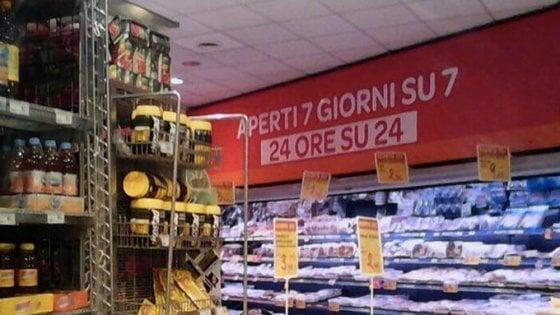 """Milano, Majorino dalla parte di Moranti: """"Anche io faccio la spesa di domenica"""""""
