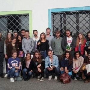 Milano, l'università in carcere: i ragazzi della Statale a lezione tra i detenuti di Bollate