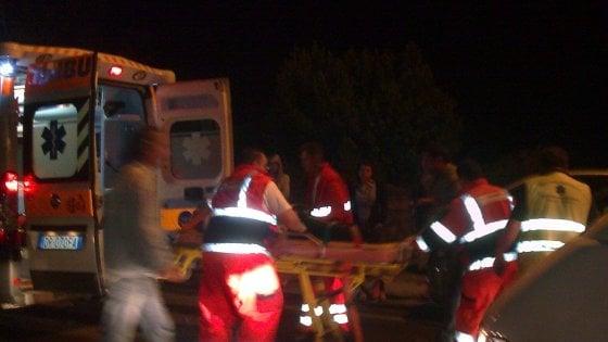 Brescia, ragazzo accoltellato all'uscita della discoteca: 23enne in gravi condizioni