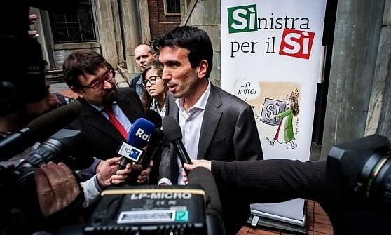 """Referendum, il Pd schierato a Milano. Orlando: """"La vittoria dei no?  Sarebbe come quella di Trump"""""""