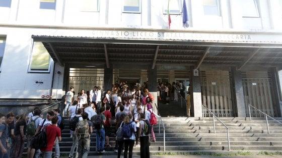 Milano, il Beccaria ci prova: liceo classico in quattro anni come in Europa