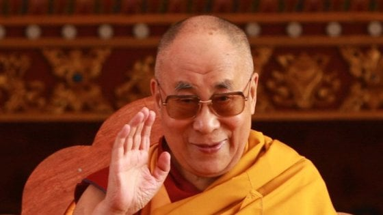 Dalai Lama a Milano, compromesso diplomatico: cittadinanza onoraria ma non in Comune