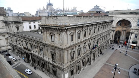 Milano, al via il bando online del Comune per aiutare disoccupati e cassintegrati