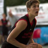 Brescia, cestista 16enne muore per un infarto sul campo di basket: la procura apre un'inchiesta