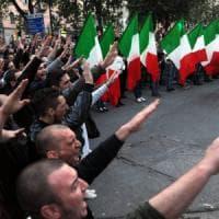 Milano, Casapound assolta per saluto romano:
