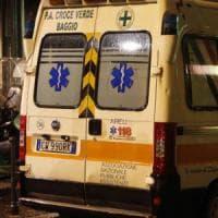 Milano, rissa per strada in corso Lodi: coltelli e cinghiate in faccia,