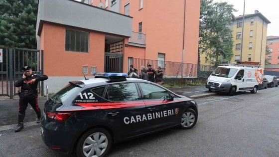 Milano: pregiudicato uccide la madre a calci e pugni, arrestato