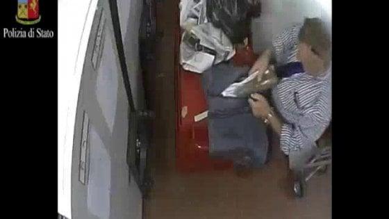 Sottraggono materiale sequestrato, arrestati due dipendenti del tribunale di Cremona