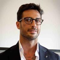 Fabrizio Corona pronto a battaglia legale: ingaggia l'avvocato di Berlusconi