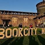 Mille eventi e 1500 autori  Bookcity scalda i motori  Dal 17 novembre i libri invadono la città -   Lo spot