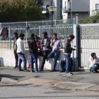 Profughi, da Milano a Taranto dopo blitz della prefettura: