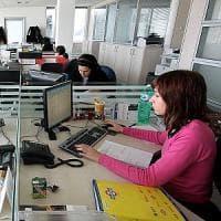 Donne, più istruite e qualificate: a Milano lavorano 2 su 3. Ma ha figli