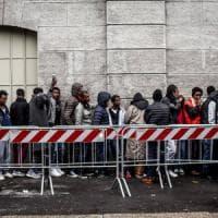 """""""Milano come Goro"""", Salvini prepara la rivolta contro i profughi attesi in caserma"""