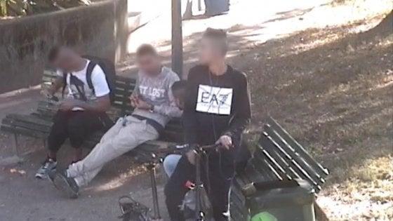 Milano spaccio a cielo aperto nel parco di via padova tre arresti - Spaccio mobili milano ...